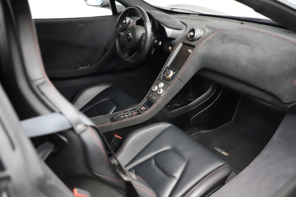 Used 2016 McLaren 675LT Spider for sale $275,900 at Bentley Greenwich in Greenwich CT 06830 25