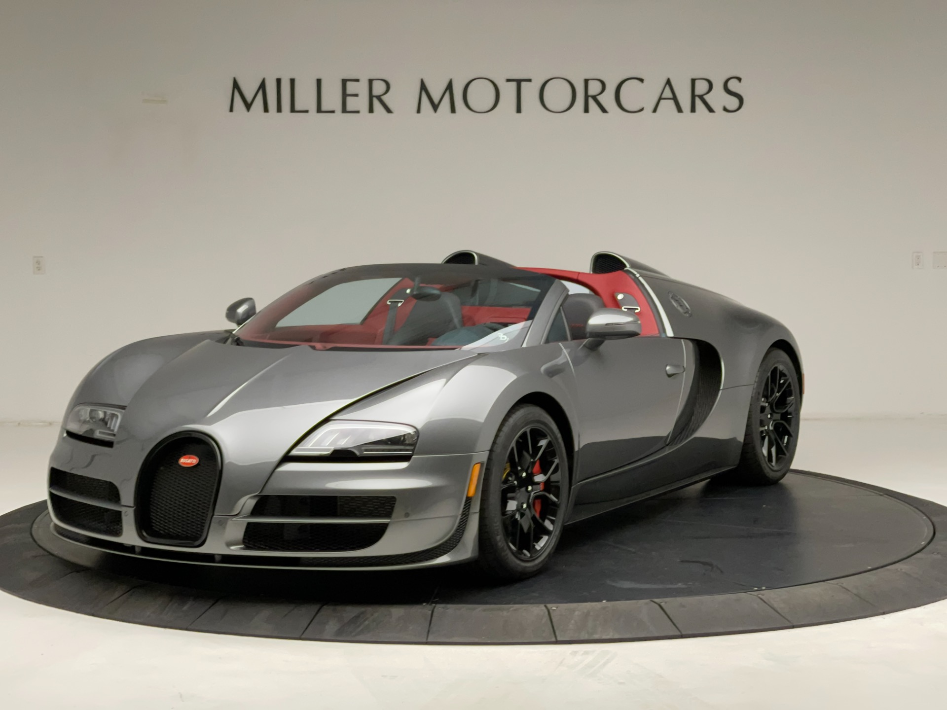 Used 2013 Bugatti Veyron 16.4 Grand Sport Vitesse for sale Call for price at Bentley Greenwich in Greenwich CT 06830 1