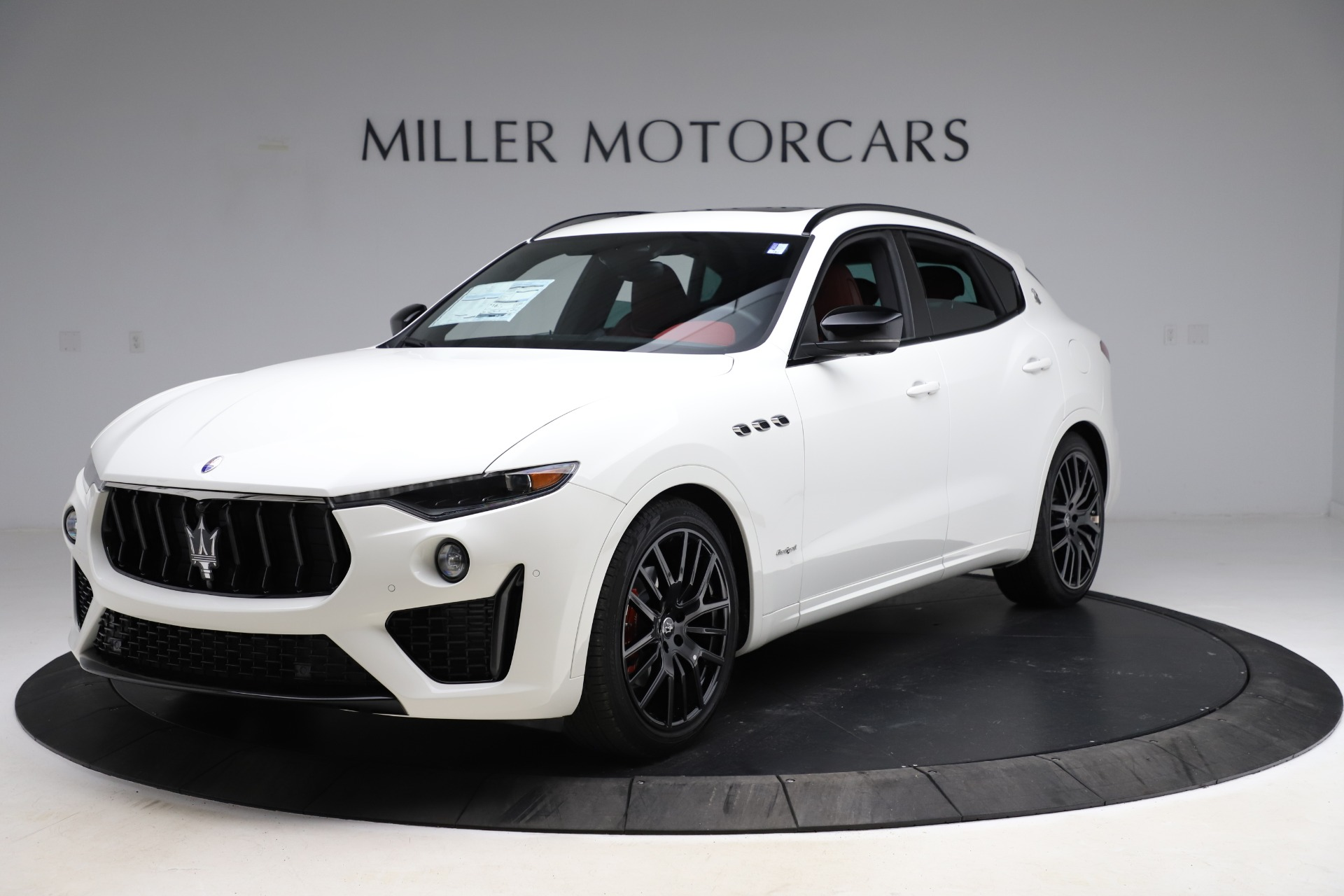 New 2021 Maserati Levante Q4 GranSport for sale $95,835 at Bentley Greenwich in Greenwich CT 06830 1