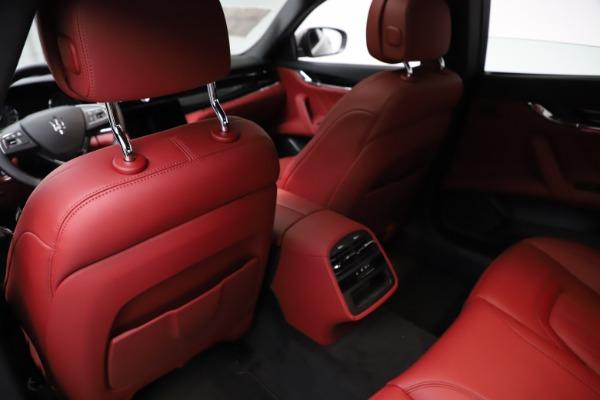 New 2021 Maserati Quattroporte S Q4 GranLusso for sale $122,435 at Bentley Greenwich in Greenwich CT 06830 18