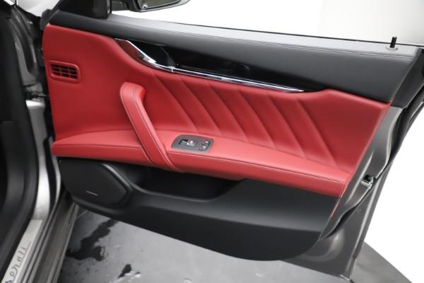 New 2021 Maserati Quattroporte S Q4 GranLusso for sale $122,435 at Bentley Greenwich in Greenwich CT 06830 23