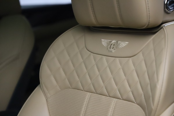 Used 2018 Bentley Bentayga W12 Signature for sale $159,900 at Bentley Greenwich in Greenwich CT 06830 19