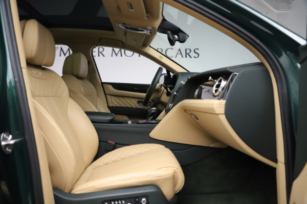 Used 2018 Bentley Bentayga W12 Signature for sale $159,900 at Bentley Greenwich in Greenwich CT 06830 25