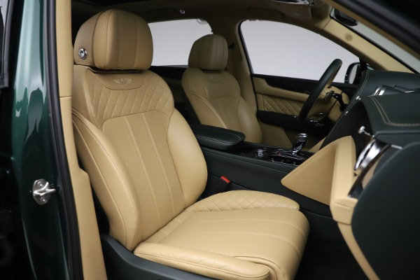 Used 2018 Bentley Bentayga W12 Signature for sale $159,900 at Bentley Greenwich in Greenwich CT 06830 26