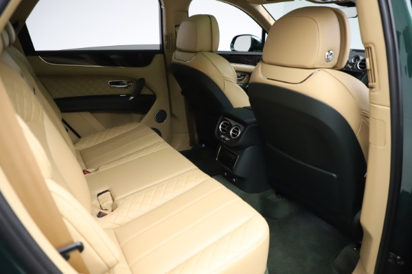 Used 2018 Bentley Bentayga W12 Signature for sale $159,900 at Bentley Greenwich in Greenwich CT 06830 27