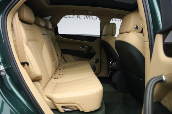 Used 2018 Bentley Bentayga W12 Signature for sale $159,900 at Bentley Greenwich in Greenwich CT 06830 28