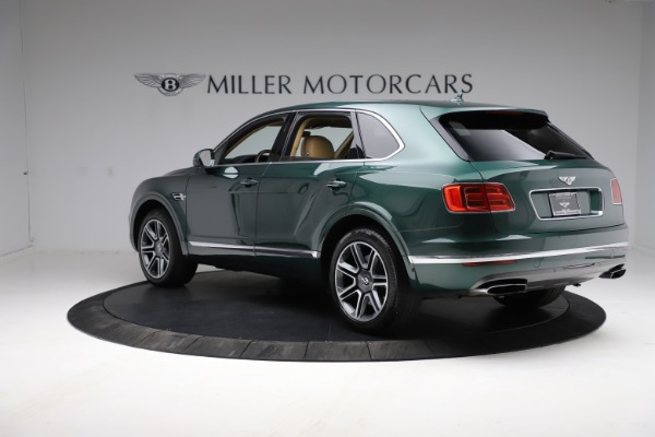 Used 2018 Bentley Bentayga W12 Signature for sale $159,900 at Bentley Greenwich in Greenwich CT 06830 5