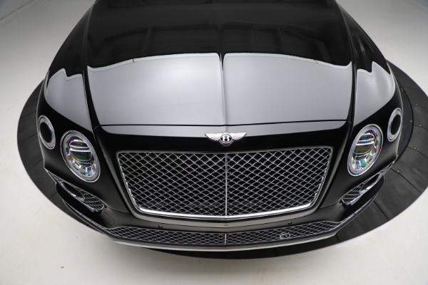 Used 2018 Bentley Bentayga W12 Signature for sale $153,900 at Bentley Greenwich in Greenwich CT 06830 14