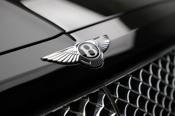 Used 2018 Bentley Bentayga W12 Signature for sale $153,900 at Bentley Greenwich in Greenwich CT 06830 15
