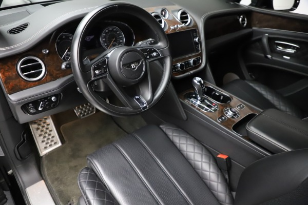 Used 2018 Bentley Bentayga W12 Signature for sale $153,900 at Bentley Greenwich in Greenwich CT 06830 18