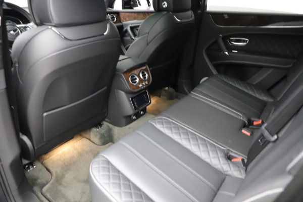 Used 2018 Bentley Bentayga W12 Signature for sale $153,900 at Bentley Greenwich in Greenwich CT 06830 22
