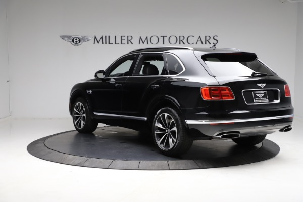 Used 2018 Bentley Bentayga W12 Signature for sale $153,900 at Bentley Greenwich in Greenwich CT 06830 6