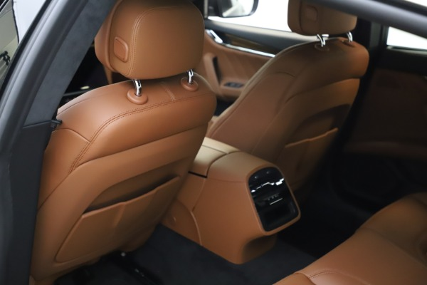 New 2021 Maserati Quattroporte S Q4 GranLusso for sale $123,549 at Bentley Greenwich in Greenwich CT 06830 17