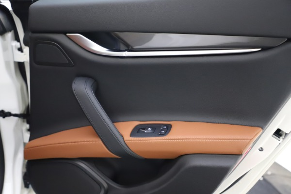 New 2021 Maserati Ghibli S Q4 for sale $85,754 at Bentley Greenwich in Greenwich CT 06830 22