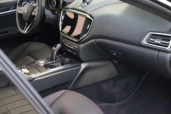 New 2021 Maserati Ghibli S Q4 for sale $86,654 at Bentley Greenwich in Greenwich CT 06830 20