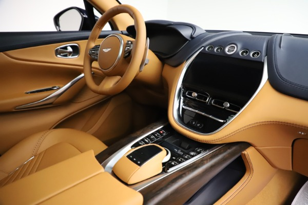 New 2021 Aston Martin DBX for sale $205,386 at Bentley Greenwich in Greenwich CT 06830 20