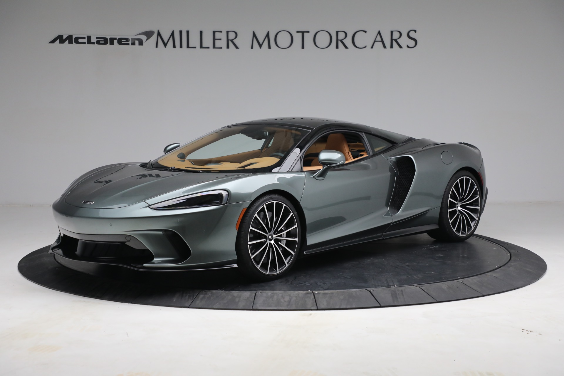 New 2021 McLaren GT LUXE for sale $214,005 at Bentley Greenwich in Greenwich CT 06830 1
