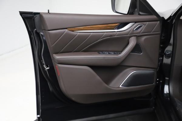 New 2021 Maserati Levante S Q4 GranLusso for sale $100,949 at Bentley Greenwich in Greenwich CT 06830 15