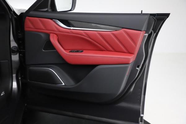 New 2021 Maserati Levante S Q4 GranLusso for sale $105,549 at Bentley Greenwich in Greenwich CT 06830 21