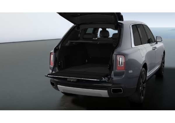 New 2021 Rolls-Royce Cullinan for sale Call for price at Bentley Greenwich in Greenwich CT 06830 4