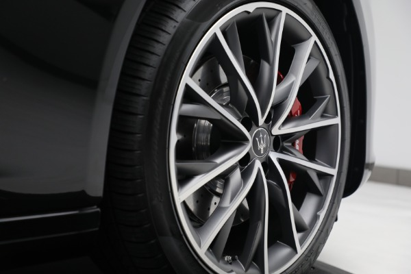 New 2021 Maserati Quattroporte S Q4 for sale $119,589 at Bentley Greenwich in Greenwich CT 06830 16