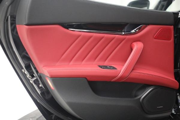 New 2021 Maserati Quattroporte S Q4 for sale $119,589 at Bentley Greenwich in Greenwich CT 06830 26