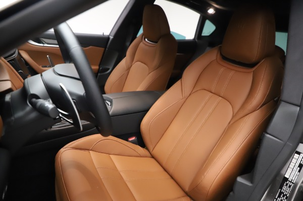 New 2021 Maserati Levante Q4 GranSport for sale $91,385 at Bentley Greenwich in Greenwich CT 06830 16