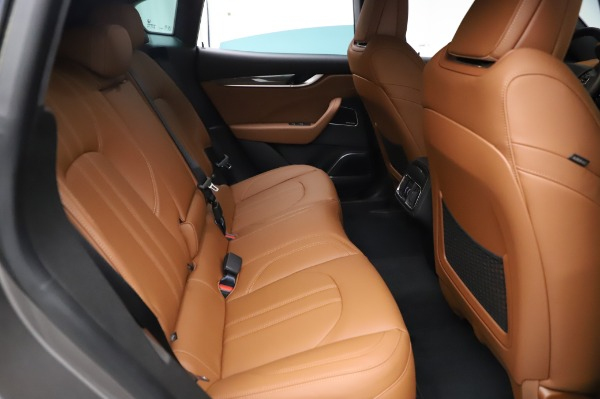 New 2021 Maserati Levante Q4 GranSport for sale $91,385 at Bentley Greenwich in Greenwich CT 06830 25