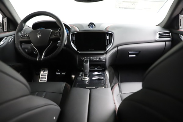 New 2021 Maserati Ghibli S Q4 GranSport for sale $100,635 at Bentley Greenwich in Greenwich CT 06830 18