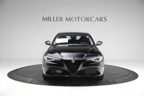 New 2021 Alfa Romeo Giulia Q4 for sale $48,535 at Bentley Greenwich in Greenwich CT 06830 12