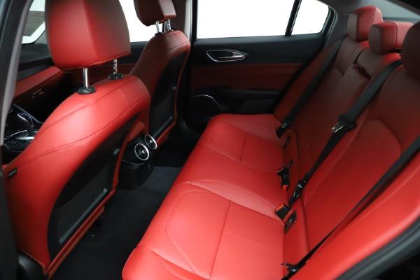 New 2021 Alfa Romeo Giulia Q4 for sale $48,535 at Bentley Greenwich in Greenwich CT 06830 20