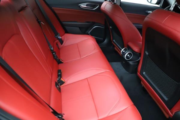 New 2021 Alfa Romeo Giulia Q4 for sale $48,535 at Bentley Greenwich in Greenwich CT 06830 26