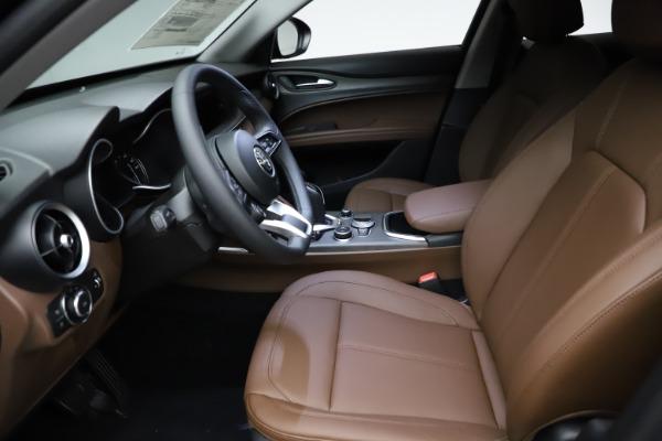 New 2021 Alfa Romeo Stelvio Ti Q4 for sale $53,650 at Bentley Greenwich in Greenwich CT 06830 14