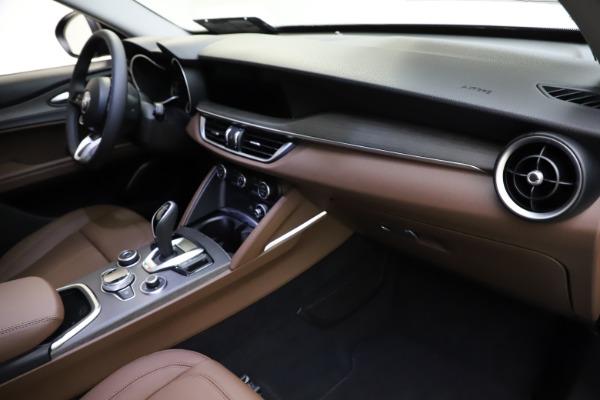 New 2021 Alfa Romeo Stelvio Ti Q4 for sale $53,650 at Bentley Greenwich in Greenwich CT 06830 20