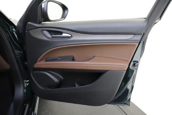 New 2021 Alfa Romeo Stelvio Ti Q4 for sale $53,650 at Bentley Greenwich in Greenwich CT 06830 22