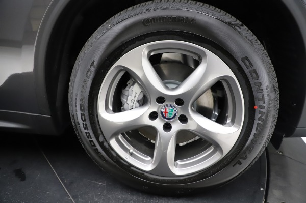 New 2021 Alfa Romeo Stelvio Q4 for sale $48,900 at Bentley Greenwich in Greenwich CT 06830 27