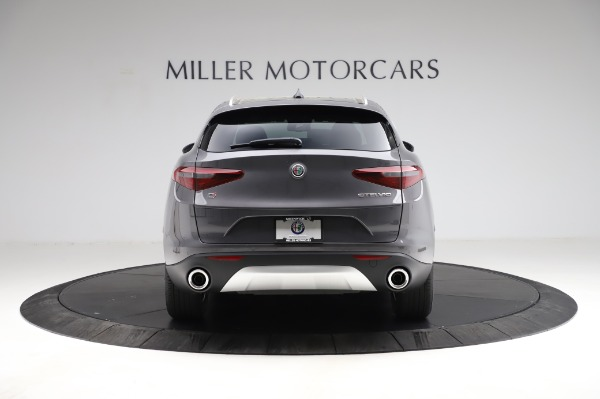 New 2021 Alfa Romeo Stelvio Q4 for sale $48,900 at Bentley Greenwich in Greenwich CT 06830 6