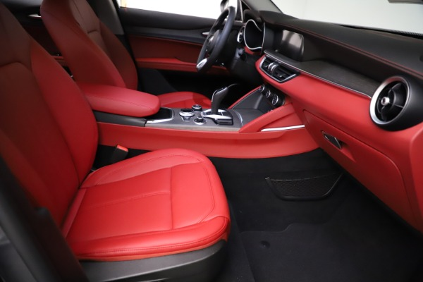 New 2021 Alfa Romeo Stelvio Ti Q4 for sale $55,500 at Bentley Greenwich in Greenwich CT 06830 22