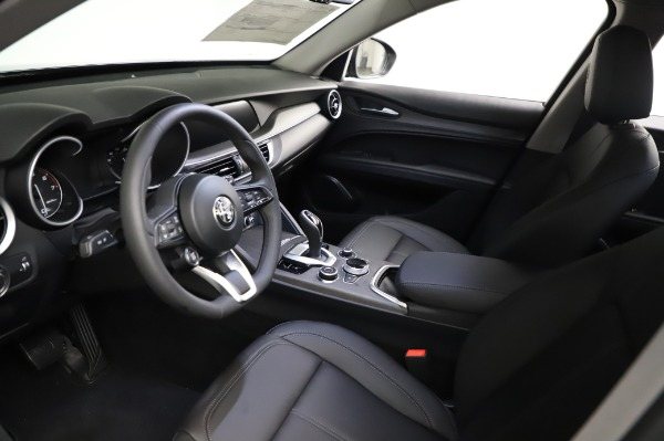 New 2021 Alfa Romeo Stelvio Ti Q4 for sale $53,500 at Bentley Greenwich in Greenwich CT 06830 15