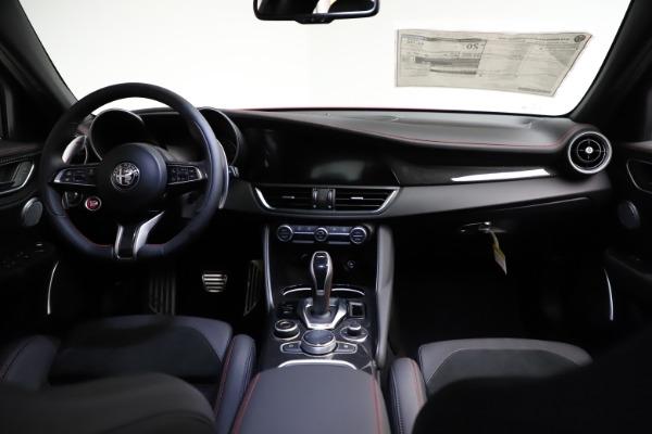New 2021 Alfa Romeo Giulia Quadrifoglio for sale Sold at Bentley Greenwich in Greenwich CT 06830 15