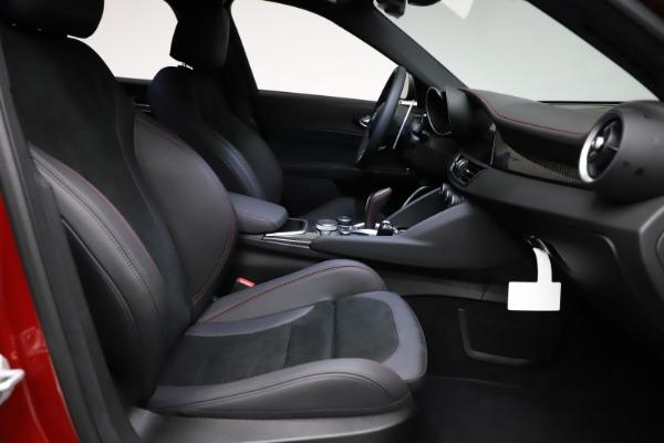 New 2021 Alfa Romeo Giulia Quadrifoglio for sale Sold at Bentley Greenwich in Greenwich CT 06830 21