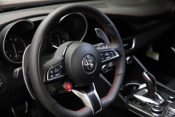 New 2021 Alfa Romeo Giulia Quadrifoglio for sale Sold at Bentley Greenwich in Greenwich CT 06830 25