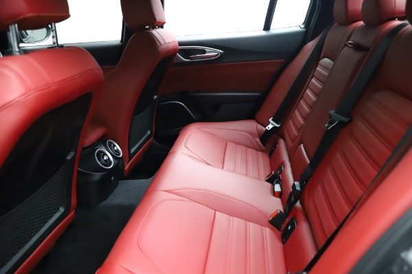 New 2021 Alfa Romeo Giulia Ti Sport for sale $54,050 at Bentley Greenwich in Greenwich CT 06830 18
