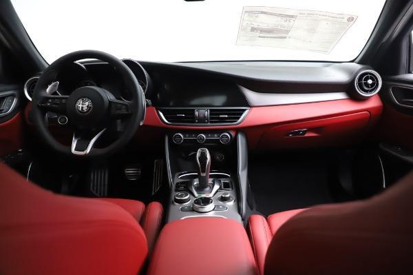 New 2021 Alfa Romeo Giulia Ti Sport for sale $54,050 at Bentley Greenwich in Greenwich CT 06830 15