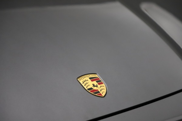 Used 2020 Porsche Cayenne Turbo for sale $145,900 at Bentley Greenwich in Greenwich CT 06830 15