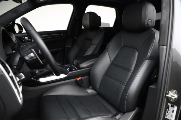 Used 2020 Porsche Cayenne Turbo for sale $145,900 at Bentley Greenwich in Greenwich CT 06830 20