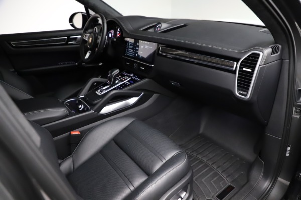 Used 2020 Porsche Cayenne Turbo for sale $145,900 at Bentley Greenwich in Greenwich CT 06830 22