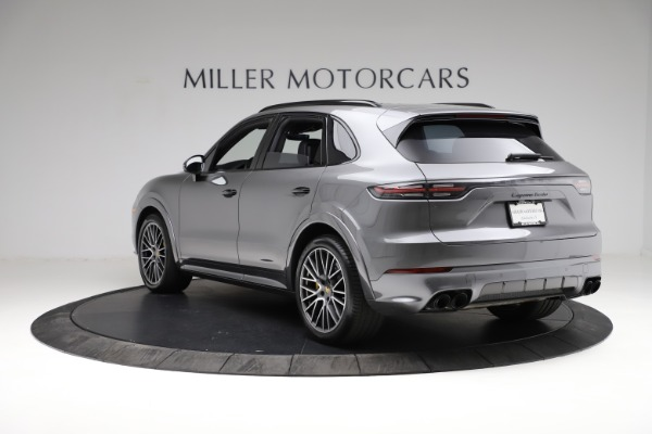 Used 2020 Porsche Cayenne Turbo for sale $145,900 at Bentley Greenwich in Greenwich CT 06830 5