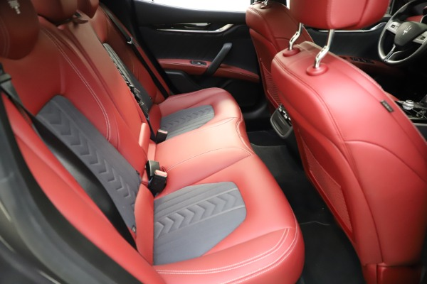 Used 2018 Maserati Ghibli SQ4 GranLusso for sale $55,900 at Bentley Greenwich in Greenwich CT 06830 20