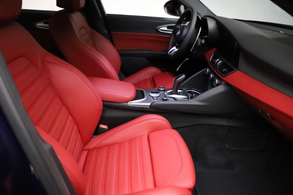 New 2021 Alfa Romeo Giulia Ti Sport for sale $54,050 at Bentley Greenwich in Greenwich CT 06830 20